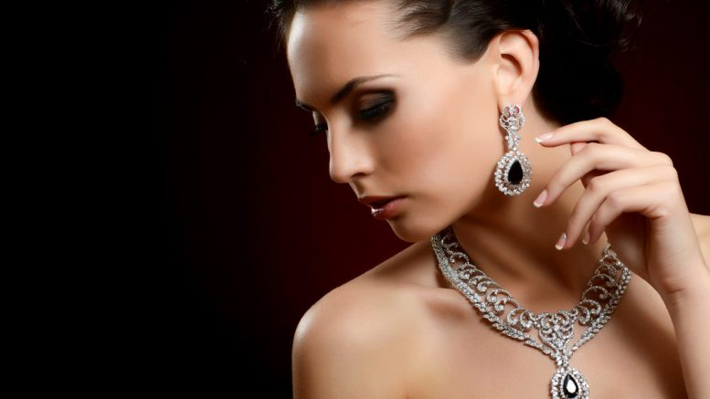 What Your Jewellery Reveals About Your Personality