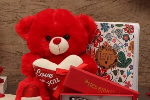 Send Trendy Personalized Gifts To Your Loved One